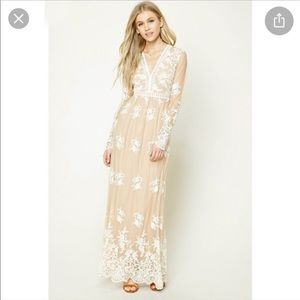 Forever 21 lace maxi dress